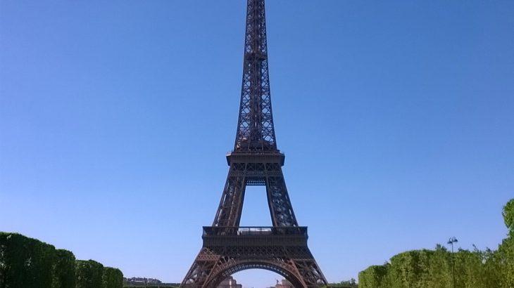 いとこ一家フランスへ来る